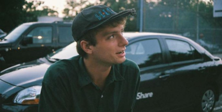 Interview With :    Mac DeMarco, Canadian Musician