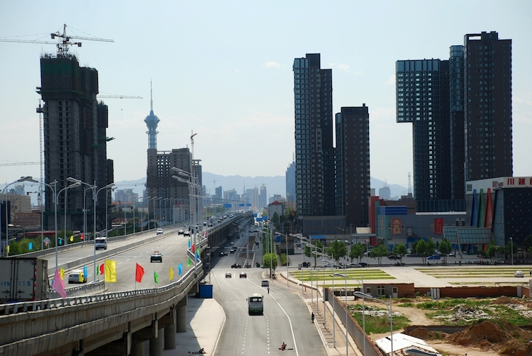 Hebei city to fight smog with waste water