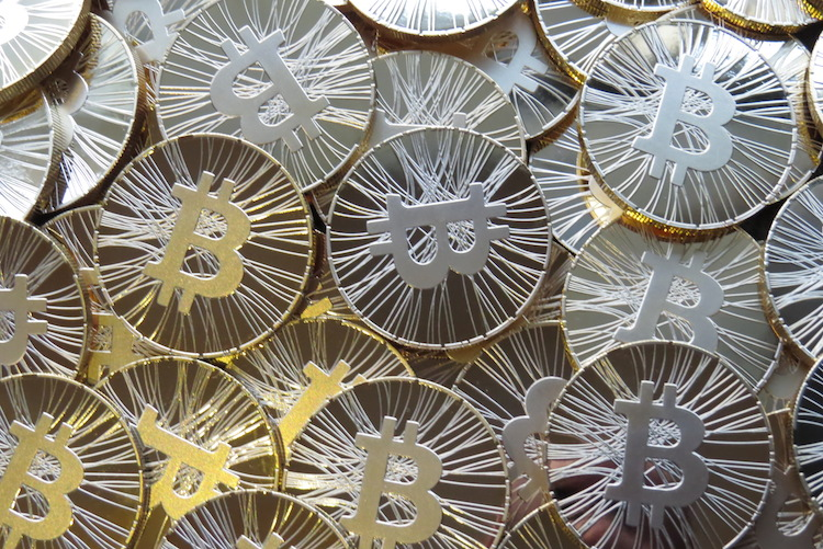 Pointless Bitcoin Store Opens in Hong Kong; Largest Exchange Declares Bankruptcy