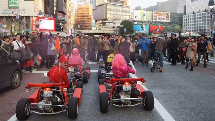 real life mario kart race held on the streets of tokyo. Black Bedroom Furniture Sets. Home Design Ideas