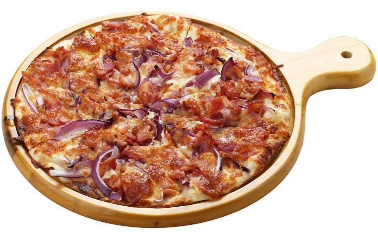 Pizza With Bacon, Onions And Cream Recipe — Dishmaps