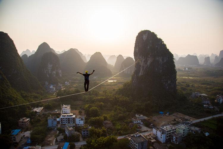 We spoke with the German who broke the World Slackline Record in Yangshuo
