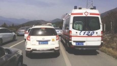 Ambulance takes 12 hours to reach hospital after motorists block emergency lane