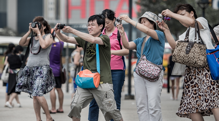 INFOGRAPHIC: China's tourists are... not that bad!
