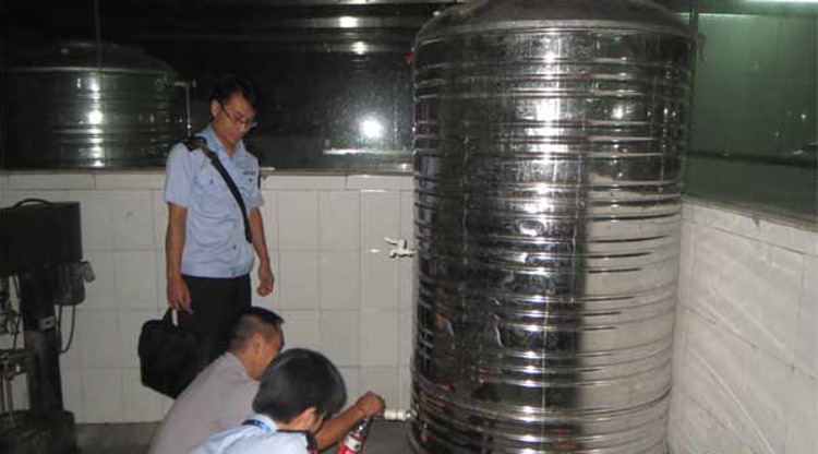 Viagra found in 5,000 bottles of baijiu in Liuzhou